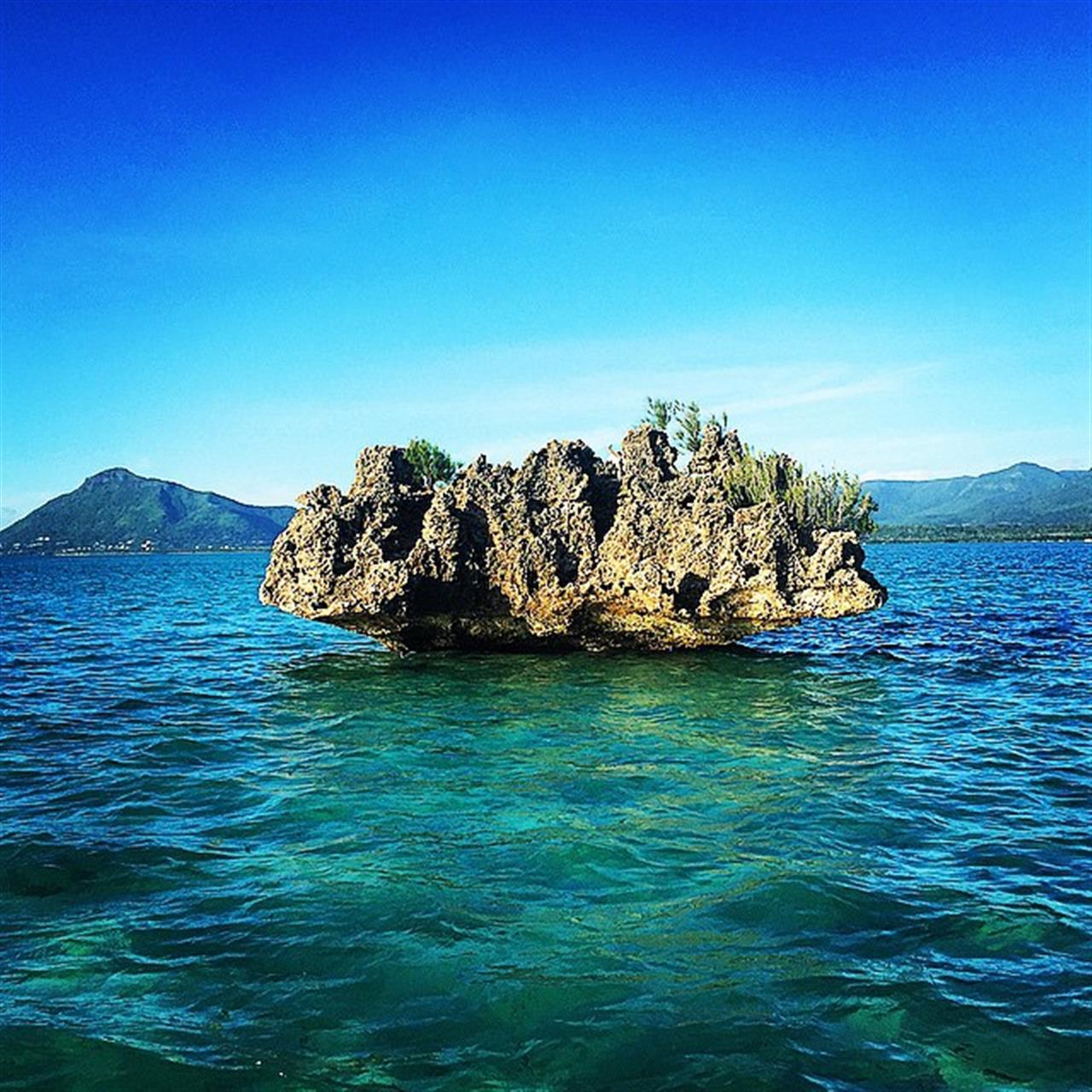 The #lagoon in #mauritius #LeadingRelocal