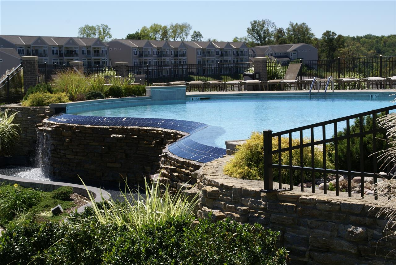 Infinity Pool Riversbreeze Condos in Ludlow, KY