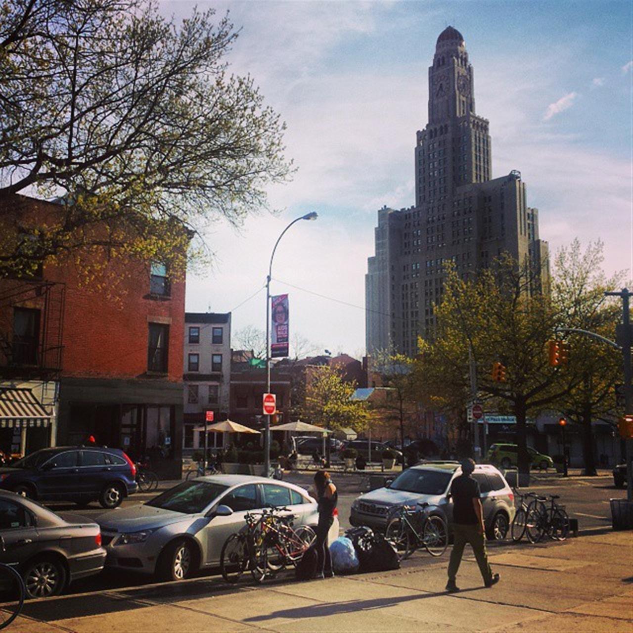 Scenes from Lafayette Avenue in Fort Greene #nyc #fortgreene #brooklyn #usa #realtor #realestate #architecture #city #scenic #landscape #bkoriginal #leadingRElocal