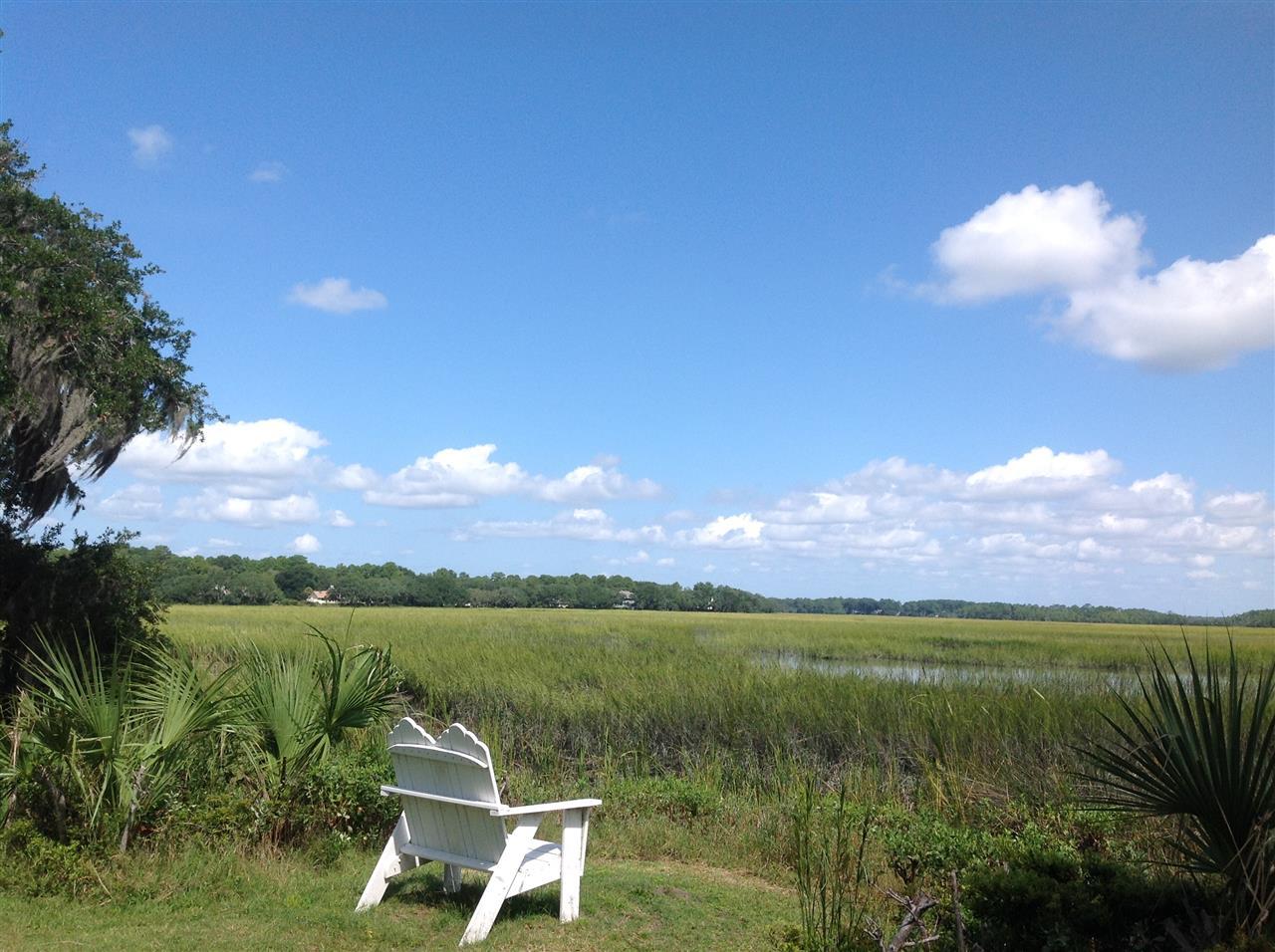 Moss Creek Plantation, Hilton Head Island SC, a quiet spot to enjoy the marsh