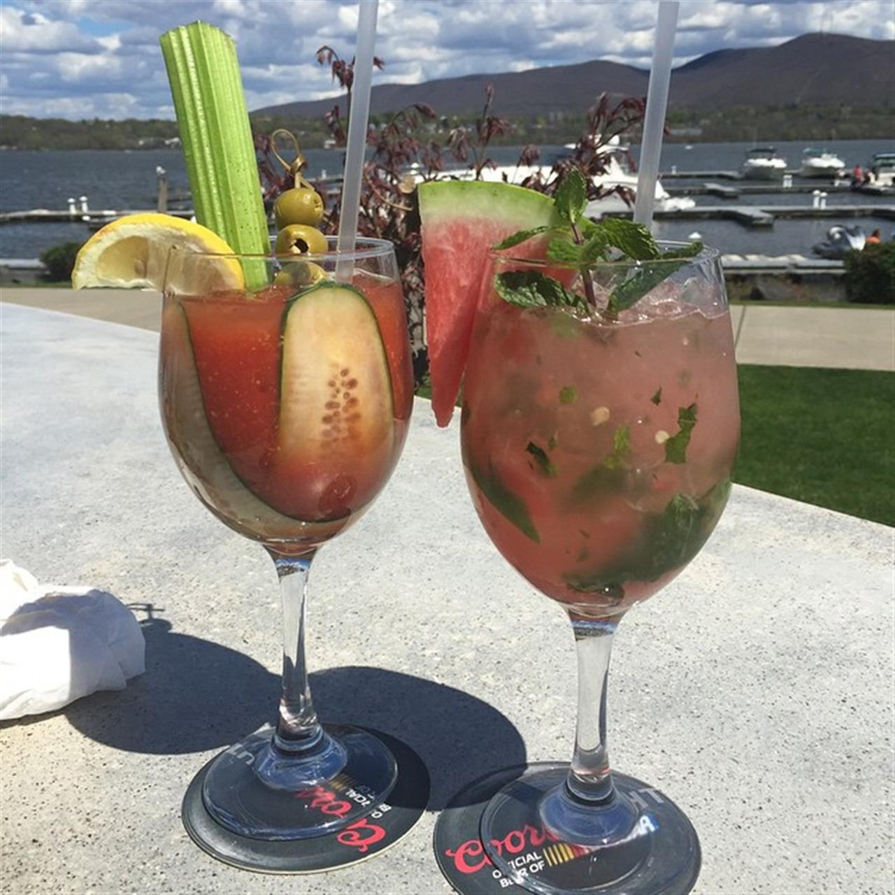 I don't know what's prettier, the drinks or the view! Life along the #Hudson river! #latergram #leadingrelocal #northofnyc
