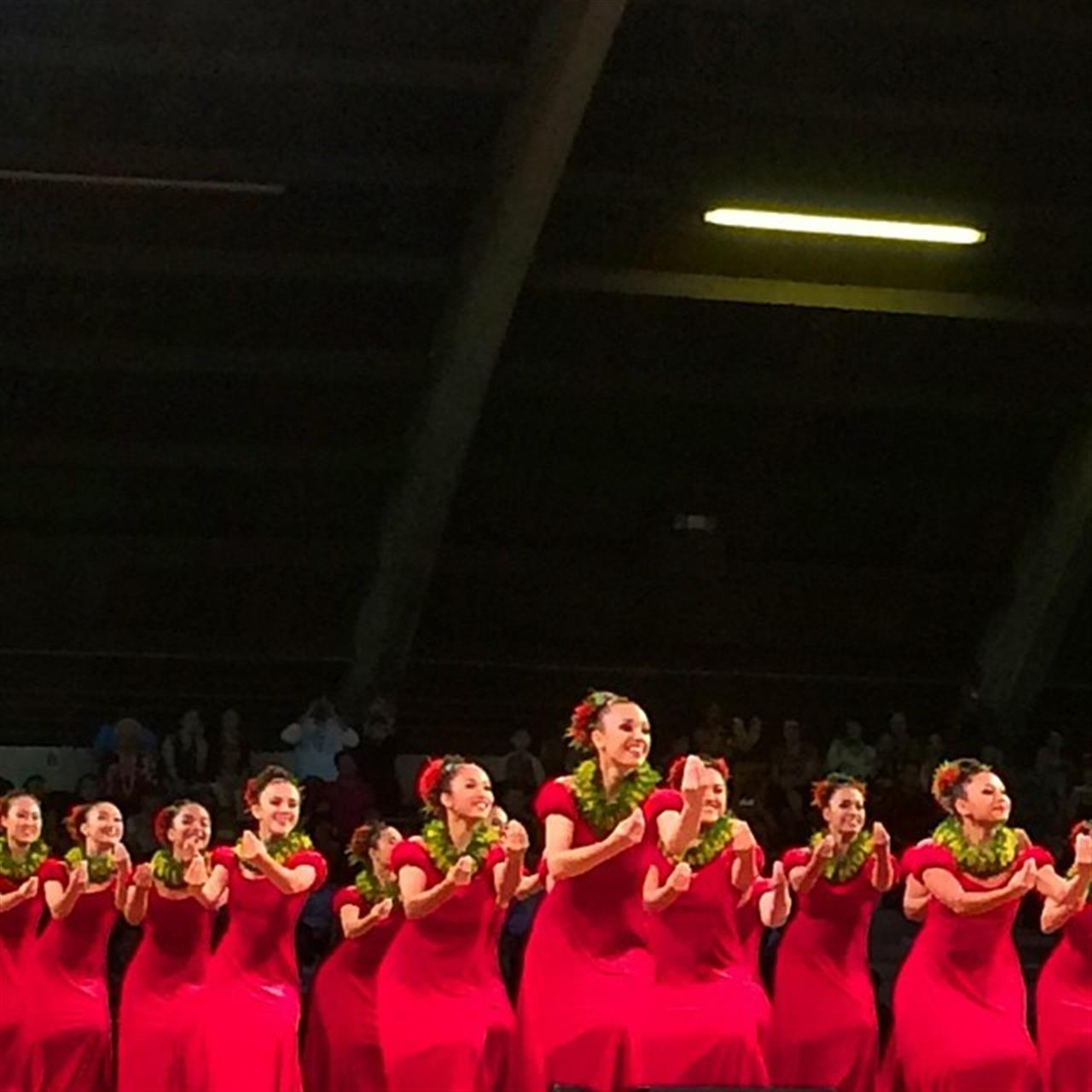 So many incredible performances tonight! ?????? I would hate to be a judge! #MM2015 #hula #MerrieMonarch #hawaiilife #leadingRElocal