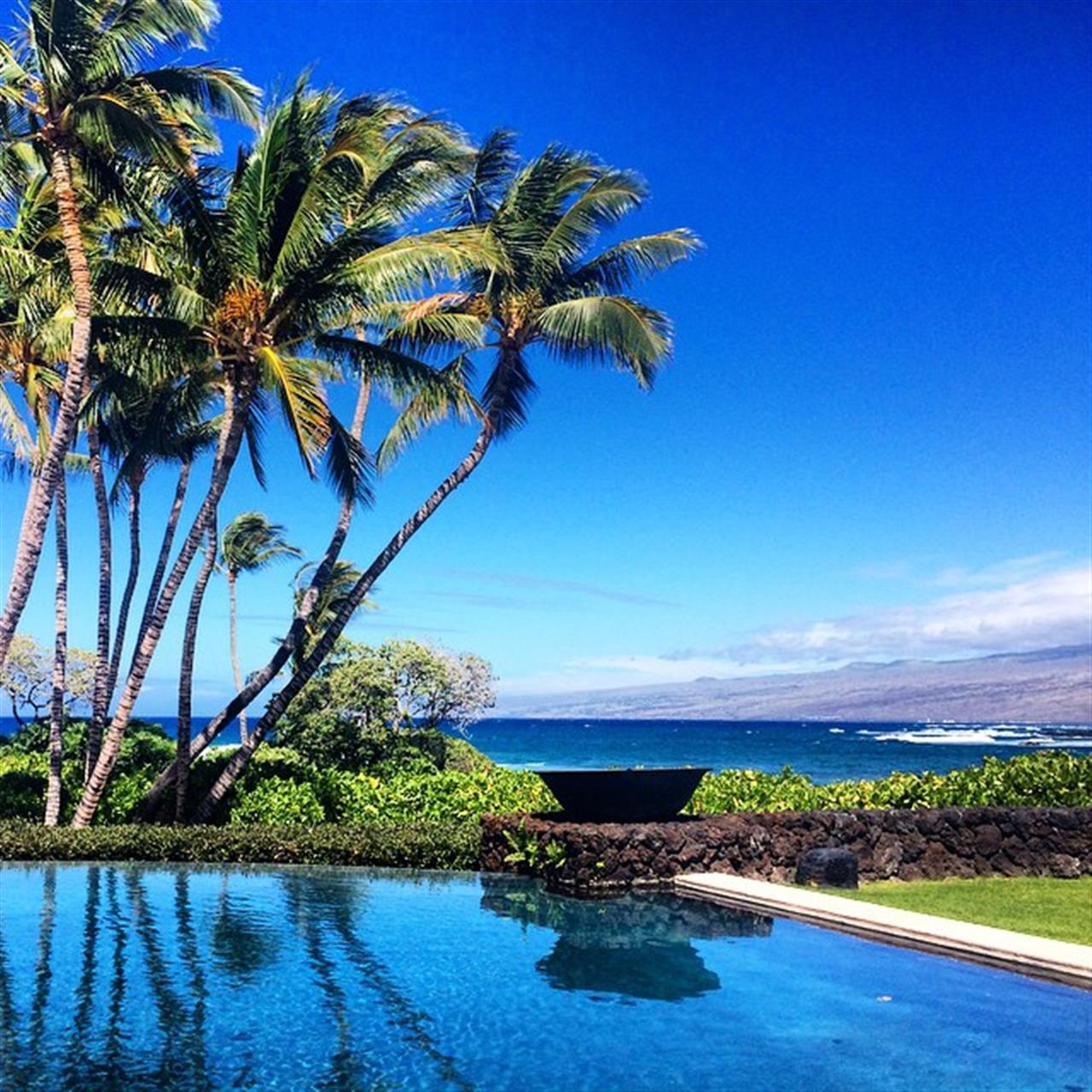 Today's #milliondollar view! Perfect Hawaii day-sun sand and tradewinds! #bigislandrealestate #bigisland #hawaiilife #maunalani #beingbrooke #leadingRElocal