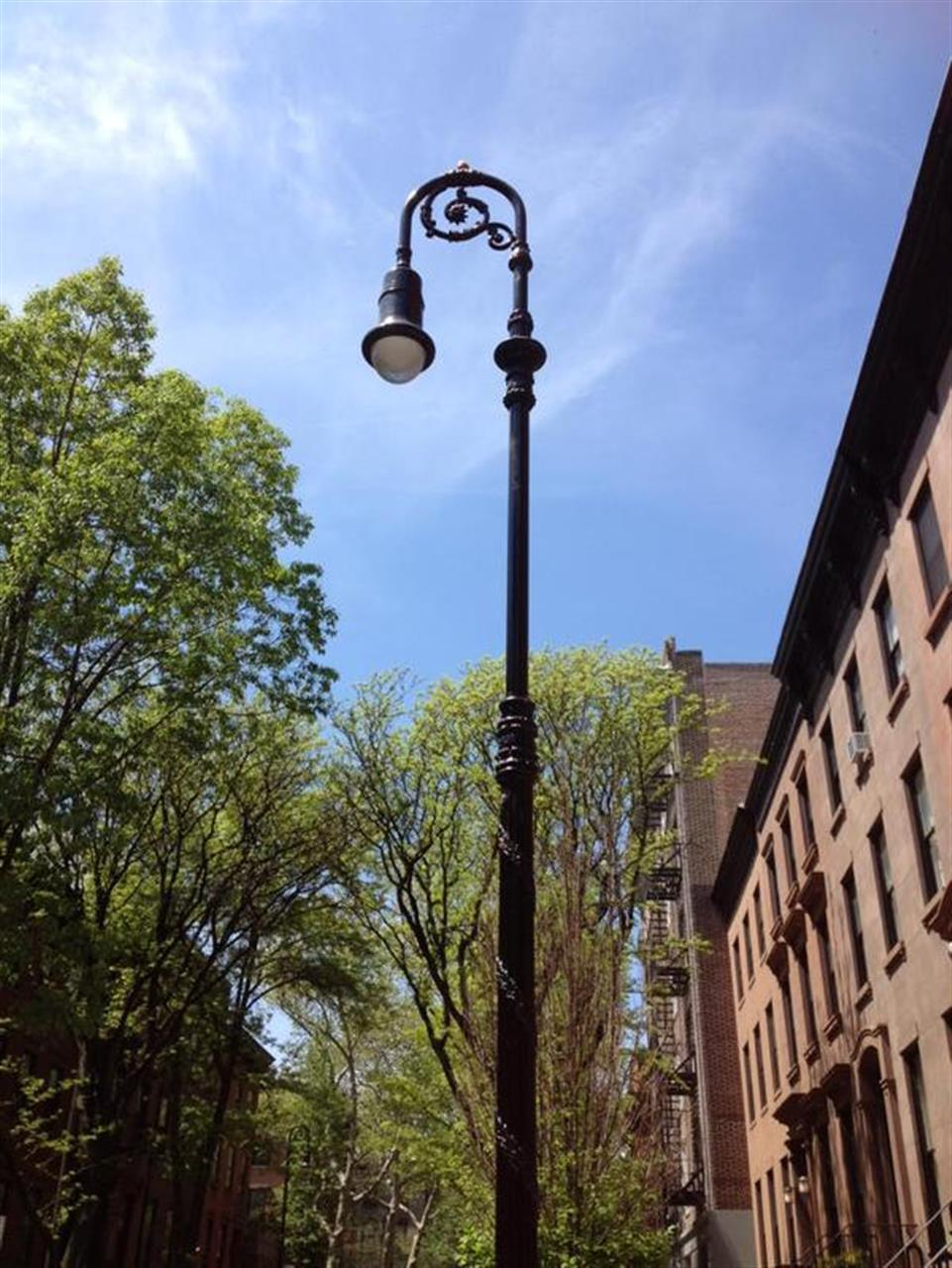 Lamppost in Brooklyn Heights #ExploreYouHood #LeadingRELocal