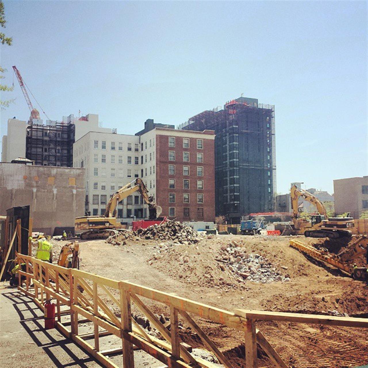 Construction site on Pacific Street #nyc #newyork #brooklyn #usa #construction #architecture #city #bkoriginal #leadingRElocal
