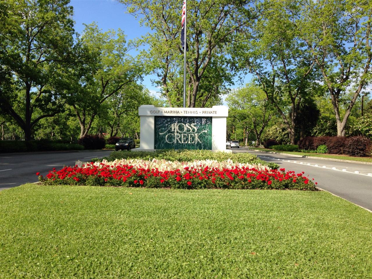 Moss Creek Planation Hilton Head Island SC, springtime flowers at the entrance