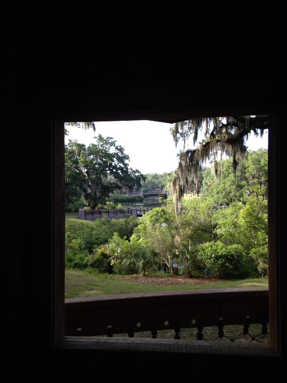 Palmetto Bluff Bluffton/HHI SC, Peeking through the window of the treehouse