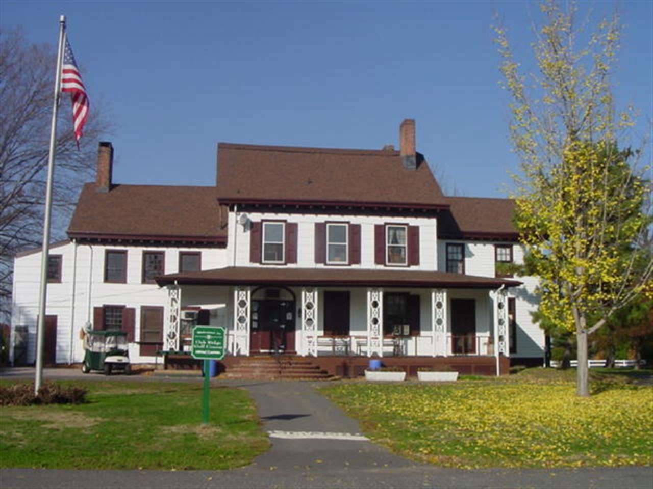 Oak Ridge Park Visitor Center, Clark NJ