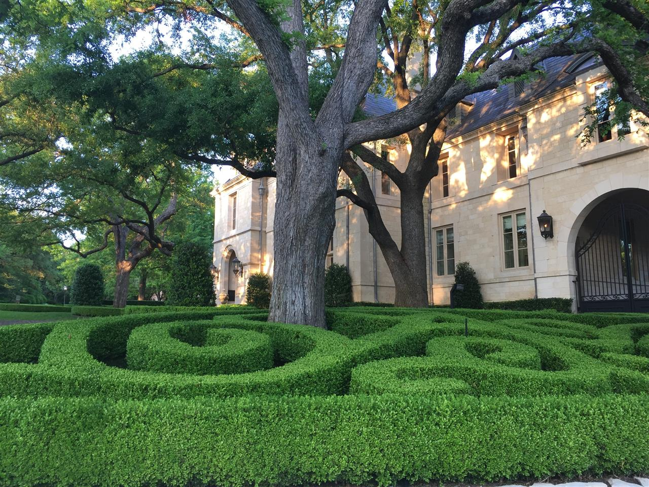 #Highland Park, elegant home and sculptured landscaping, #Dallas, #Texas