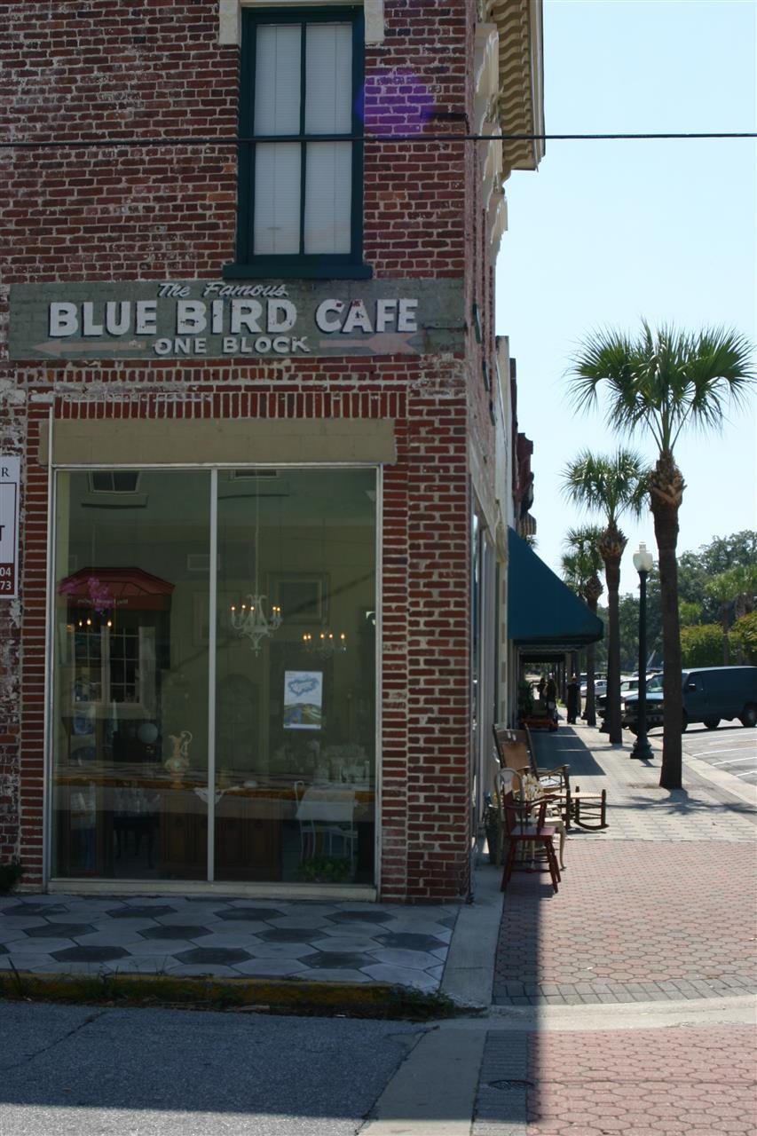 Historic Downtown Shops & Restaurants