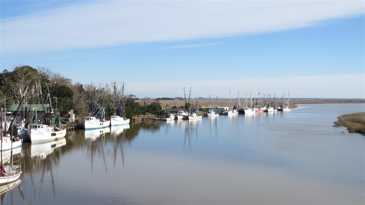 Darien Waterfront & Shrimp boats