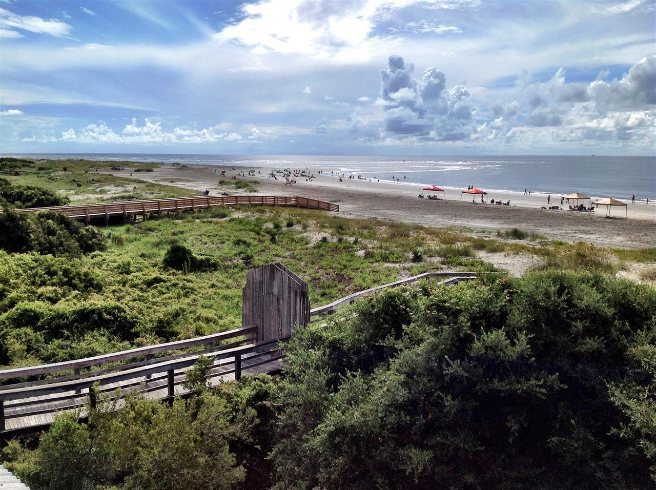 East Beach View - Public Beach Access
