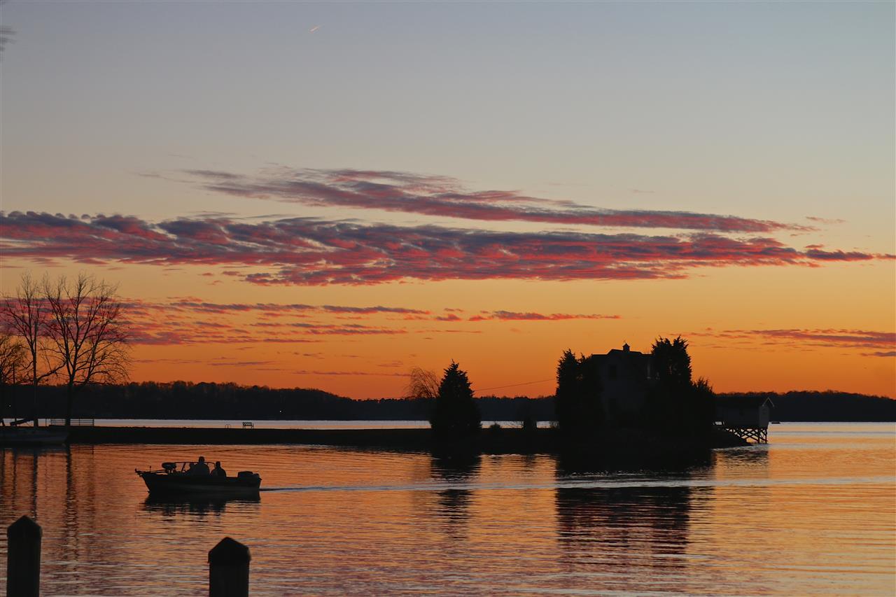 #lakenorman #cornelius #beautifulsunset