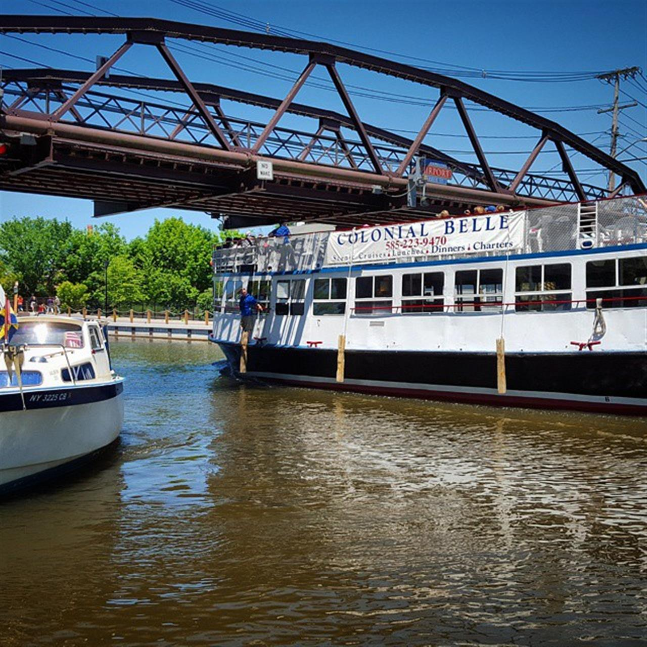 #fairport #fairportcanaldays #colonialbelle #nature #water #boat # bridge #rochesterny #roc #roctopshots #leadingrelocal #sun #blueskies #summer #vscocam #adventure #photooftheday # photography
