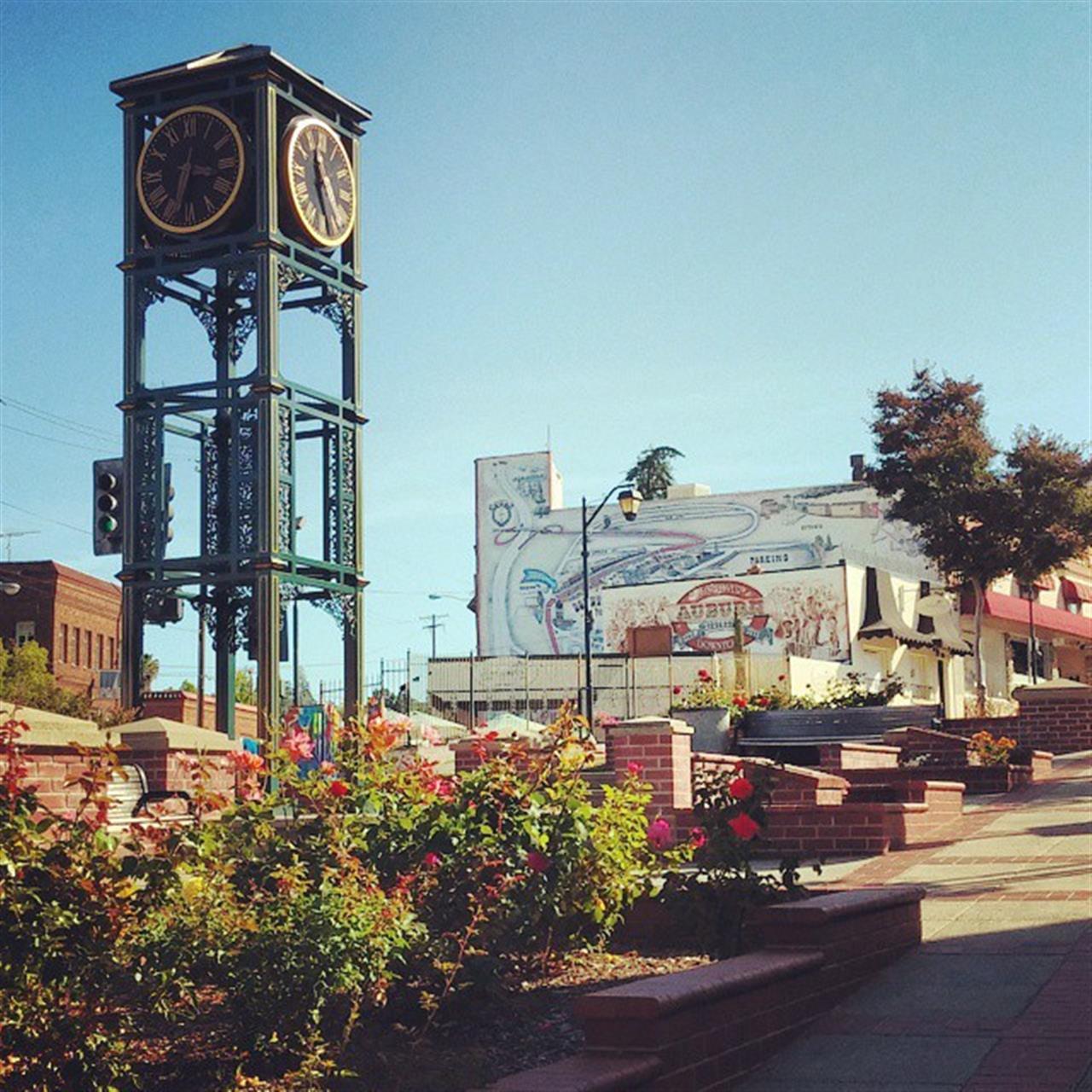Downtown Auburn, beautiful view of the Auburn clock tower. #leadingrelocal #lyonrealestate #auburnca #downtownauburn #placercounty