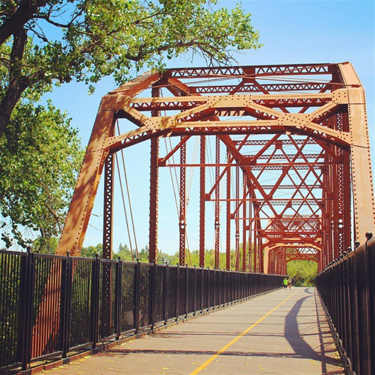 Beautiful Fair Oaks Bridge crossing over the American River. #leadingrelocal #lyonrealestate #fairoaks #americanriver #fairoaksbridge #oldfairoaks