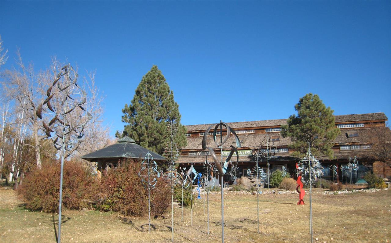 #Taos neighborhoods #El Prado #Overland Ranch shopping #sculpture gallery #Taos #New Mexico