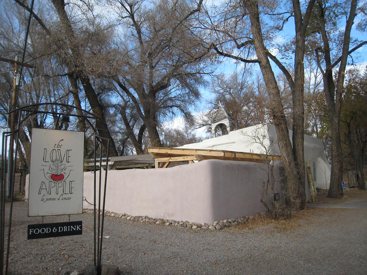 #Taos neighborhoods #Love Apple Restaurant #fine dining #Town of Taos #Taos #New Mexico