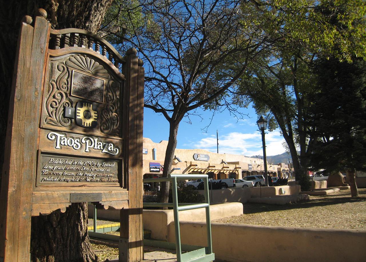 #Taos neighborhoods #historic Taos Plaza #Town of Taos #Taos #New Mexico