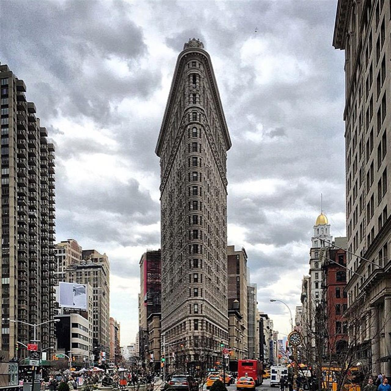 The #Flatiron Standing Guard. (Photo from @archdaily)