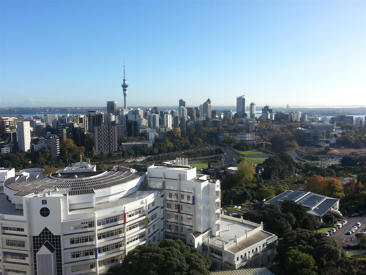 Auckland, New Zealand #LeadingRElocal