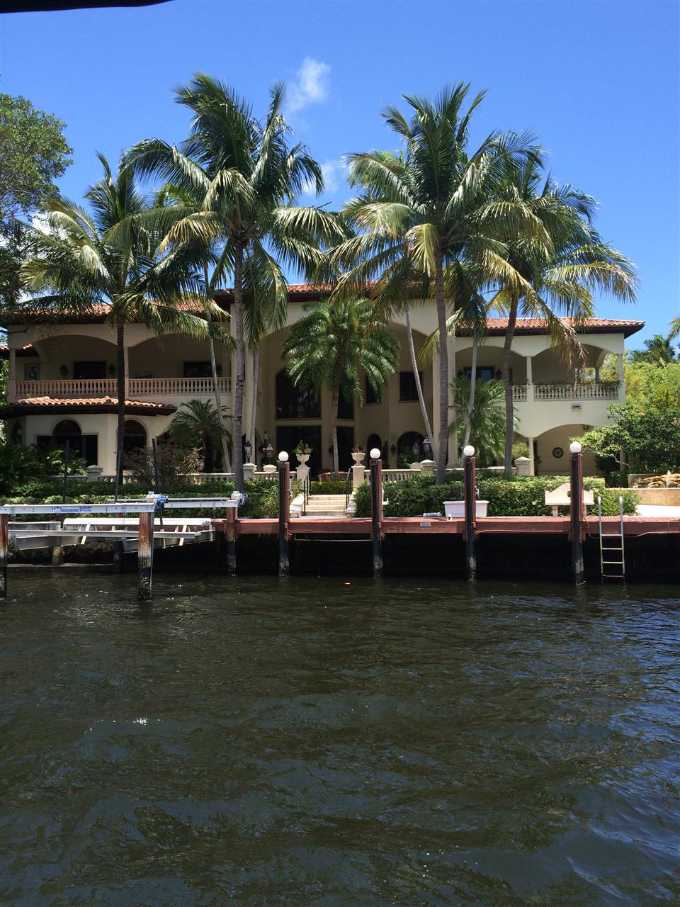 Another great  home on the intracoastal waters of Fort Lauderdale