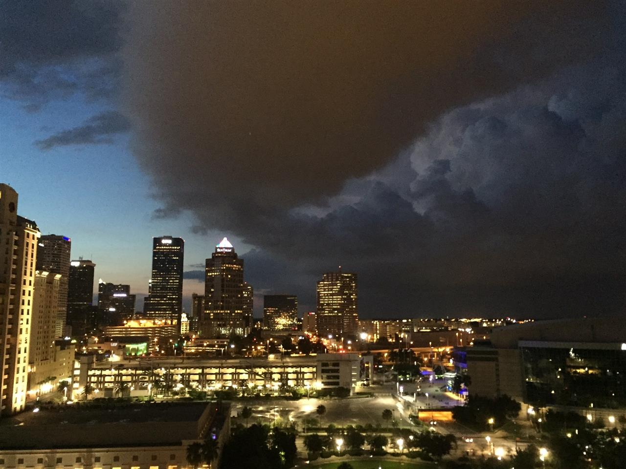 Evening storm moving into downtown Tampa, FL