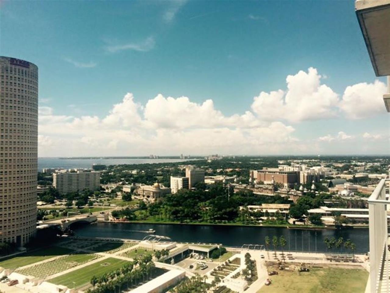 #downtowntampa #skypoint