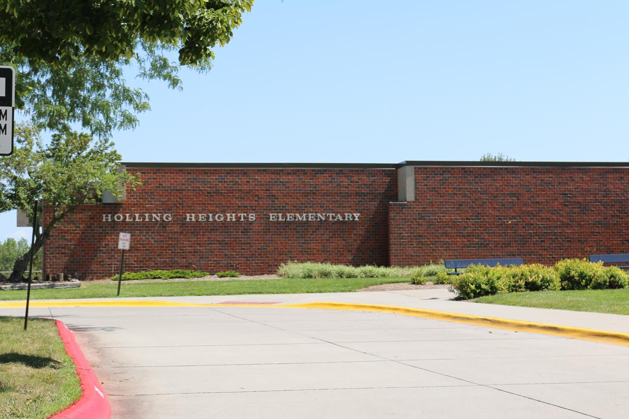 Miller Airport Elementary, Rolling Heights