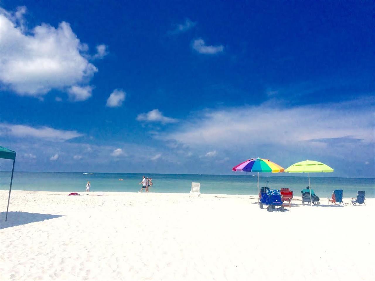St. Petersburg beach #sunshinestate #tampabay #florida