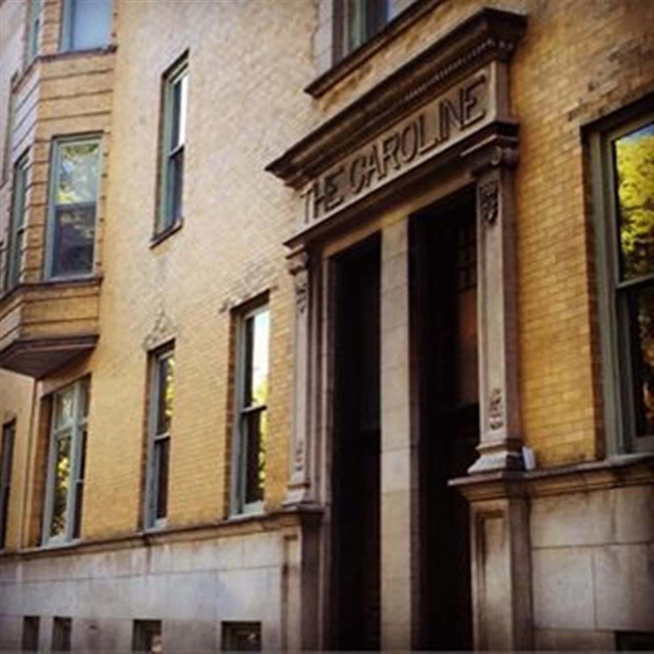 Old Chicago buildings #chicago #leadingrelocal #oldchicago #historic