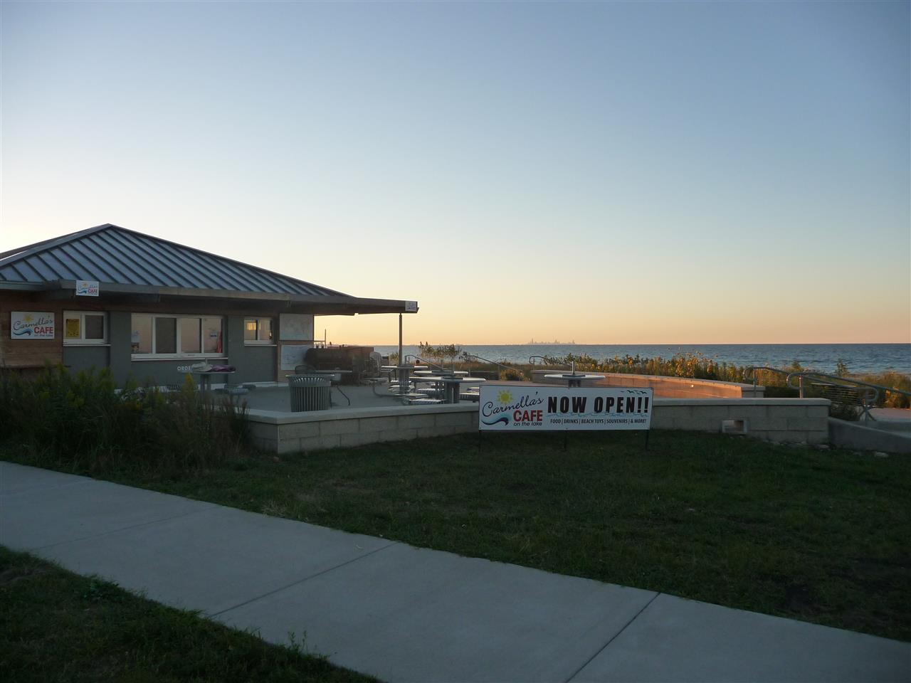 Carmella's Cafe on the Lake Front of the newly renovated Marquette Park in Miller Beach, Lake Michigan, Indiana