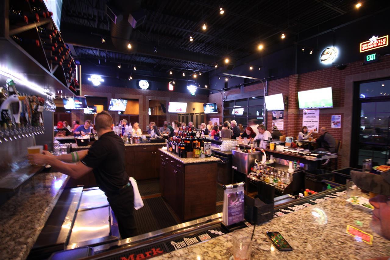Jonathan's Grille-Bar