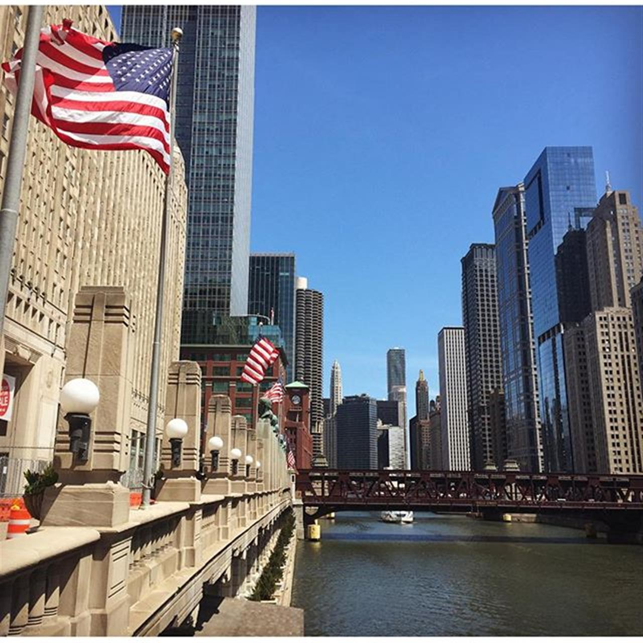 #riverwalk #chicago #summerinthecity #leadingrelocal #leadingre