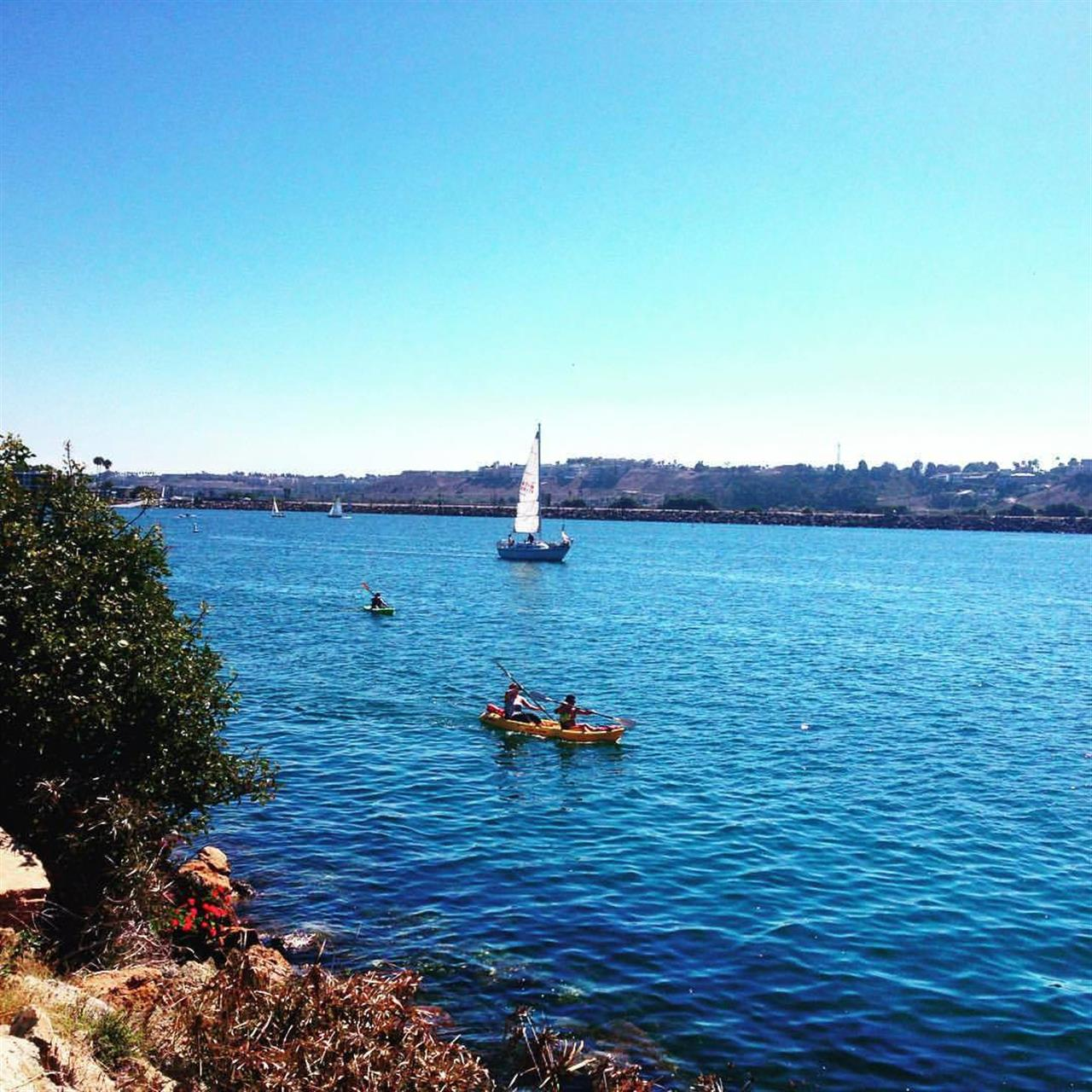 Sailing and kayaking in Marina del Rey, Los Angeles, CA