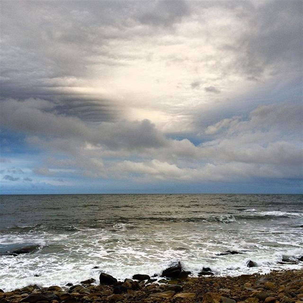 Moody weather I can relate #grattitude #hope #stormy#leadingRE #beauty #weather #seas #ocean #outdoors #nature #adventure #possiblities #magic #imagine #wisdom #lovelife #perfect #bewell