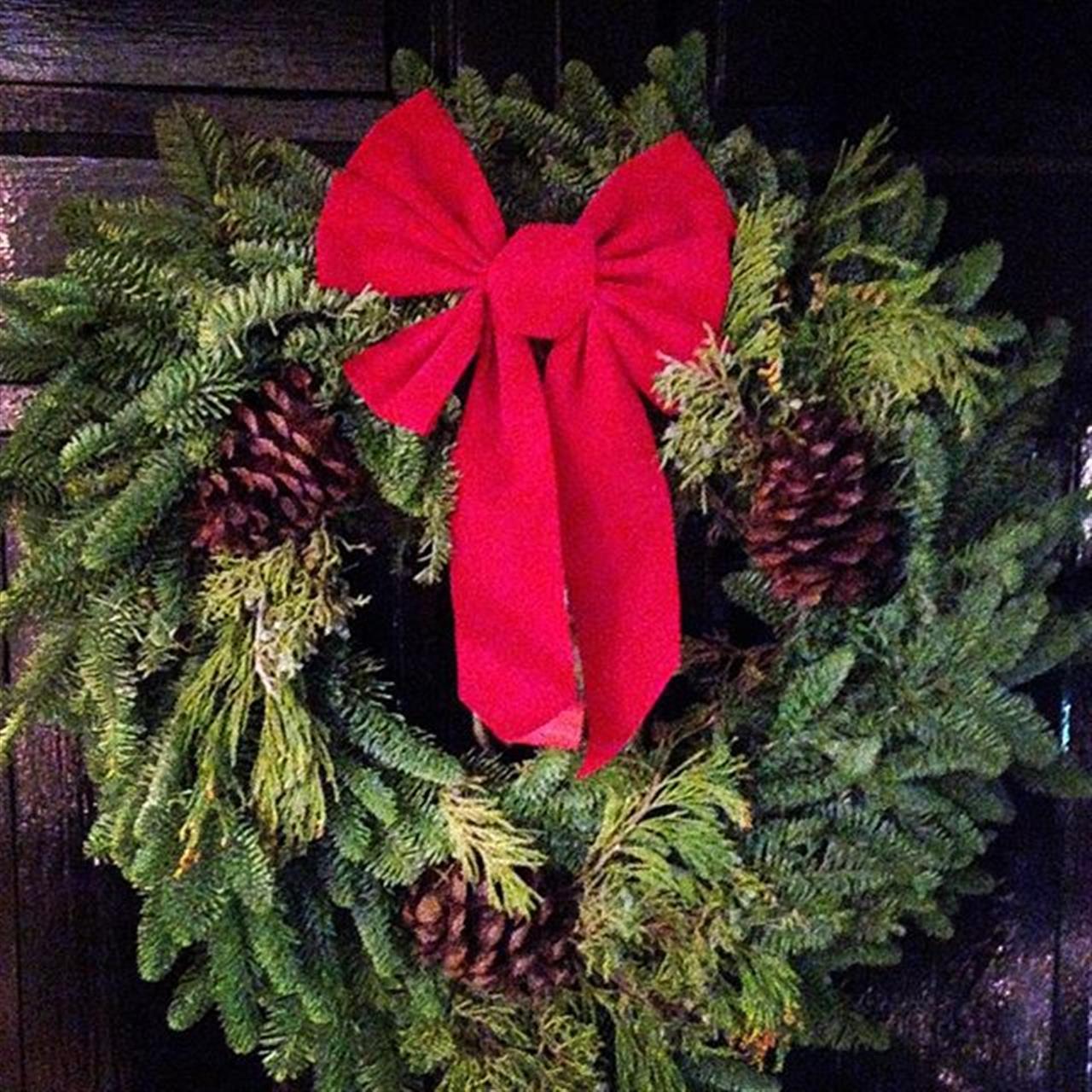 3 more days...!!!???????#bairdhalstead #montclairnj #glenridge#veronanj #christmas #halsteadproperty #exploreyourhood #leadingrelocal #realtor #realestate #realestateagent #brooklyn #parkslope #brooklynwest#maplewood #peace #family #joy