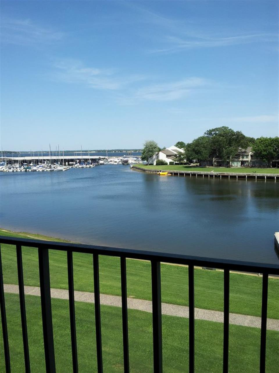 Lake Conroe just minutes from Houston #LeadingRELocal