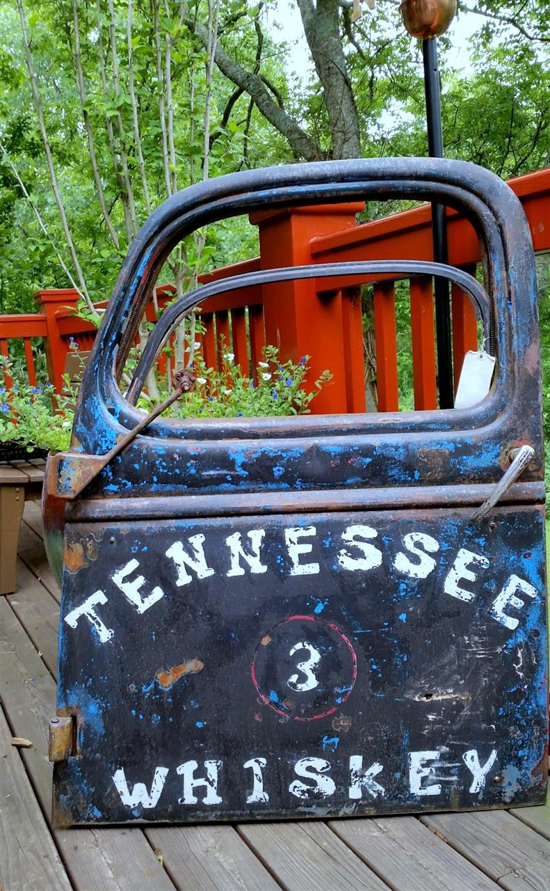 This was taken in Leipers Fork - a wonderful small town historic destination - lots of great shops, and occasionally Mike wolfe with American pickers stops by
