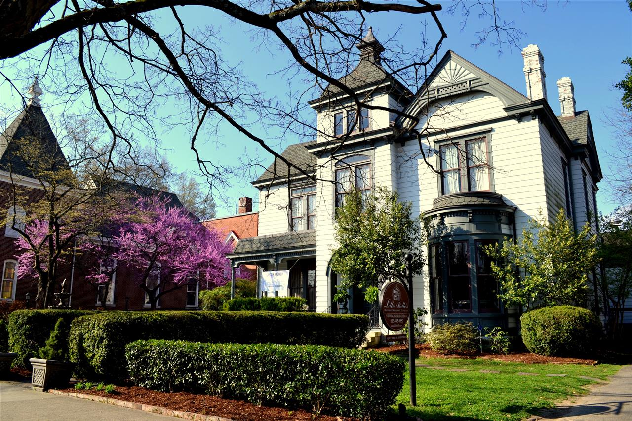 Lilly  Belles in downtown Franklin, bed and breakfast!