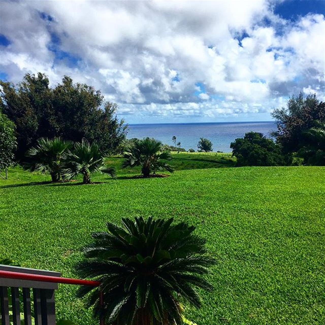 Perfect summer day touring lovely homes on the North Kohala Realtor Caravan! ?? The views are amazing! #northkohala #realestate