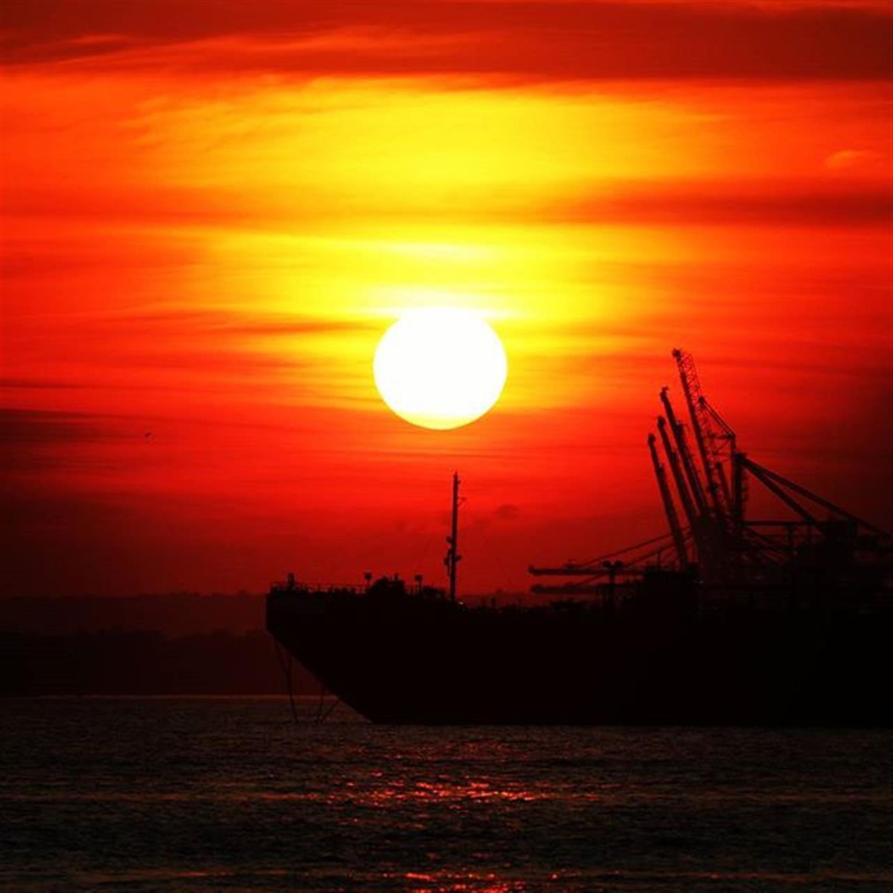 Sunset in #SunsetPark  #brooklynarmyterminal