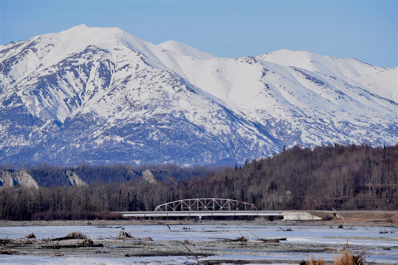 Majestic views over the Knik River Bridge, Palmer, Alaska