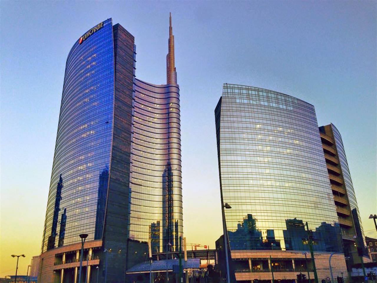 #UnicreditTower #PiazzaGaeAulenti  #Milano