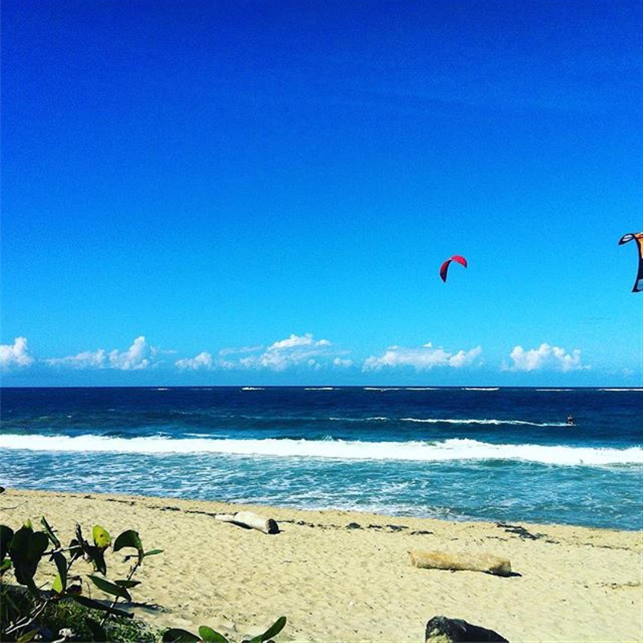 Happy Sunday! ???? #Cabarete #DominicanRepublic #kiteboarding #beach