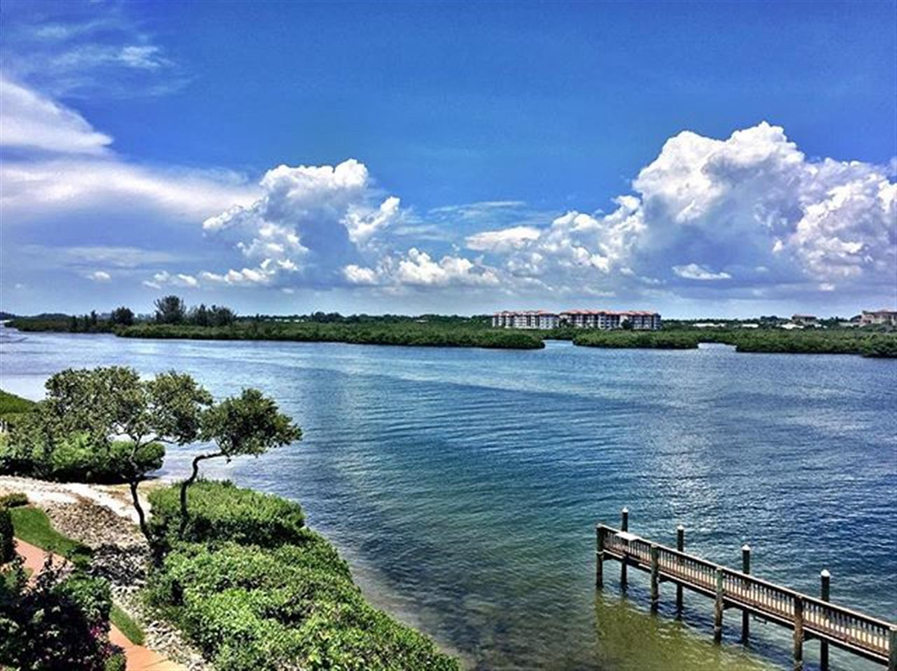 Another stunning day on #SiestaKey! #sarasota