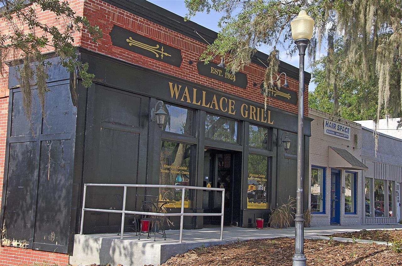 Clermont, FL_Culture_downtown restaurant