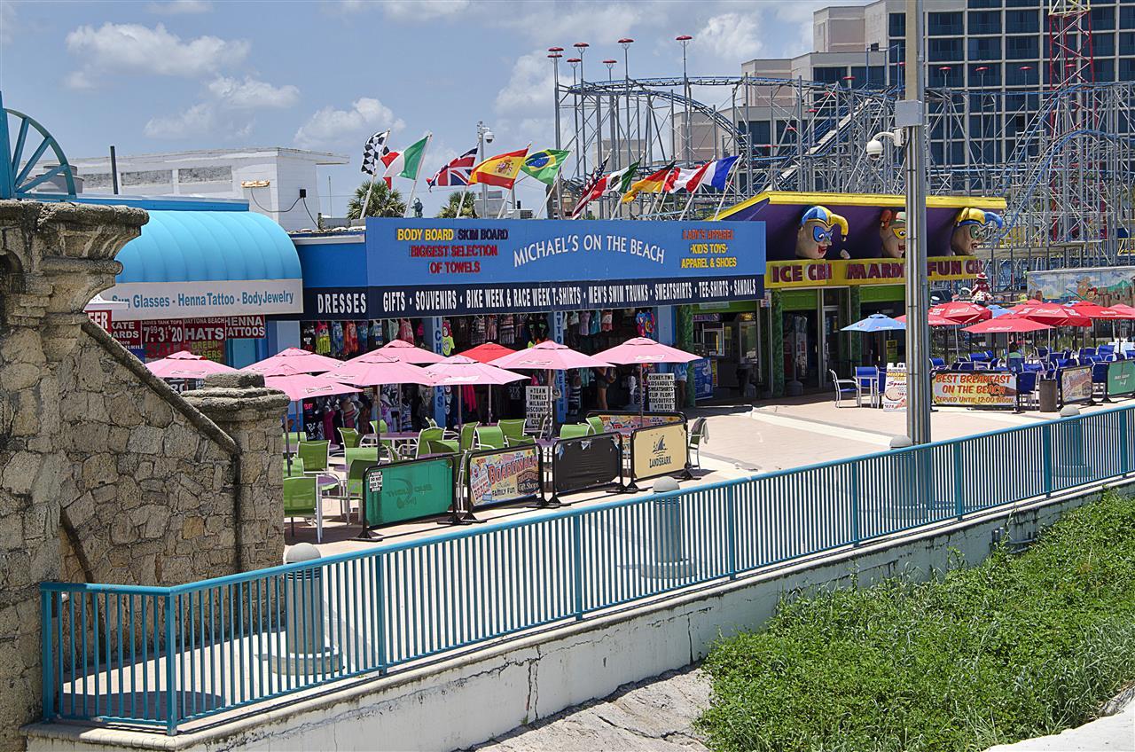 Daytona Beach, FL_Attraction_Daytona Beach boardwalk