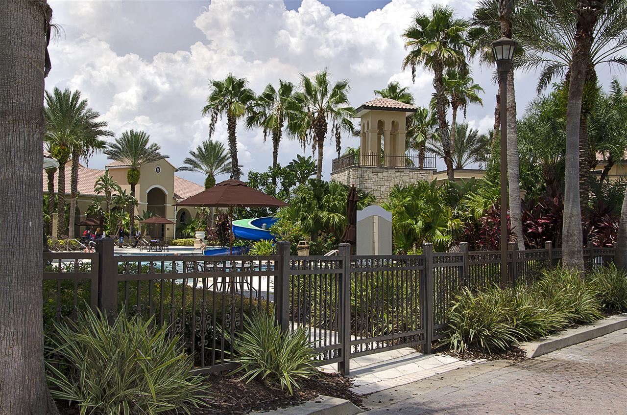 Kissimmee, FL_Neighborhood_Bella Lago pool and slide