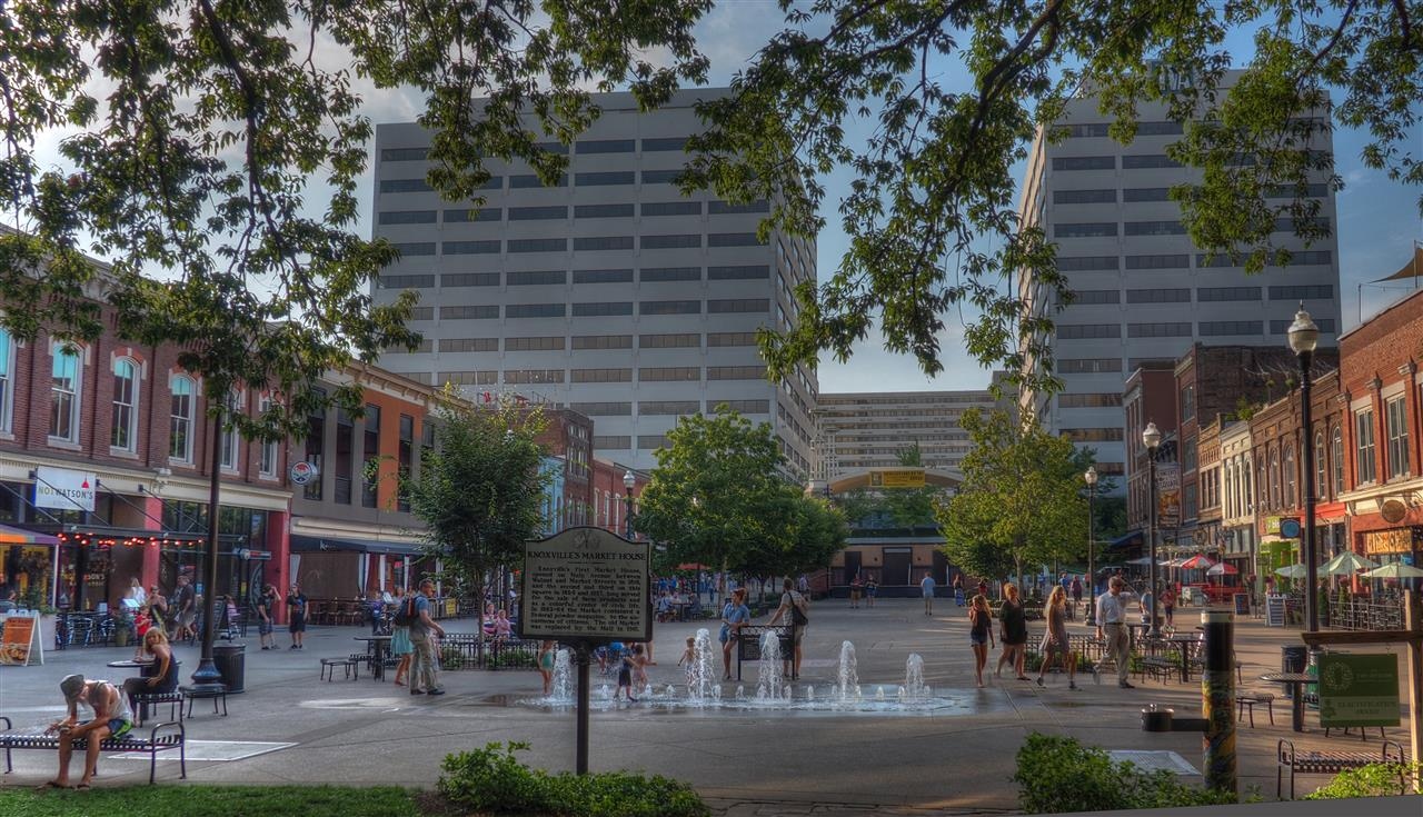 #Knoxville #Tennessee #Marketsquare #DowntownKnoxville